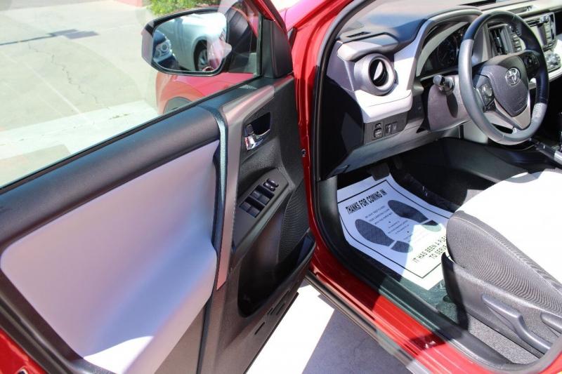 Toyota RAV4 2017 price $17,995