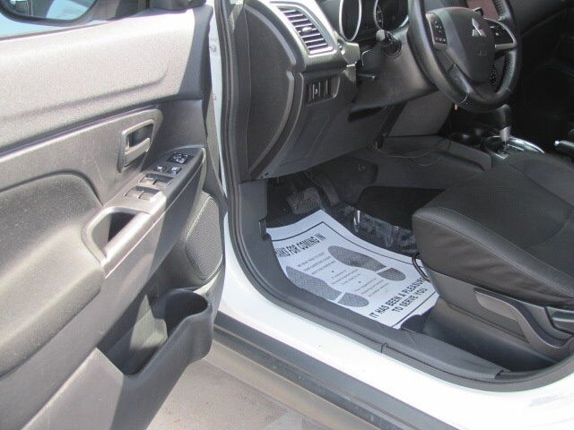 Mitsubishi Outlander Sport 2015 price $10,895
