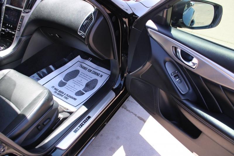 Infiniti Q50 2015 price $17,795