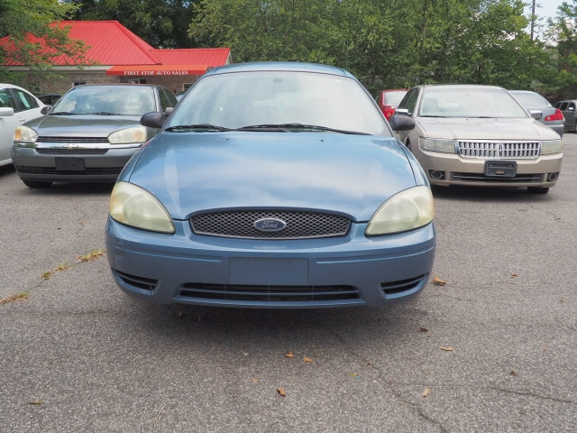 Ford Taurus 2004 price $5,995