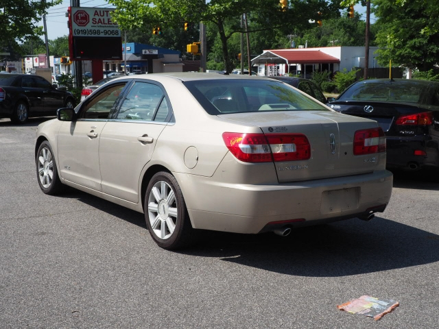Lincoln MKZ 2007 price $8,295