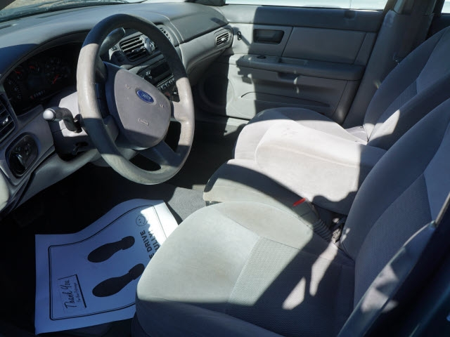 Ford Taurus 2005 price $8,495