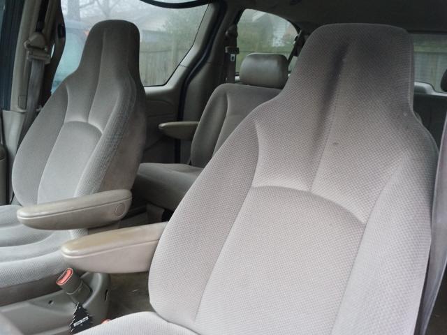 Dodge Grand Caravan 2003 price $4,995