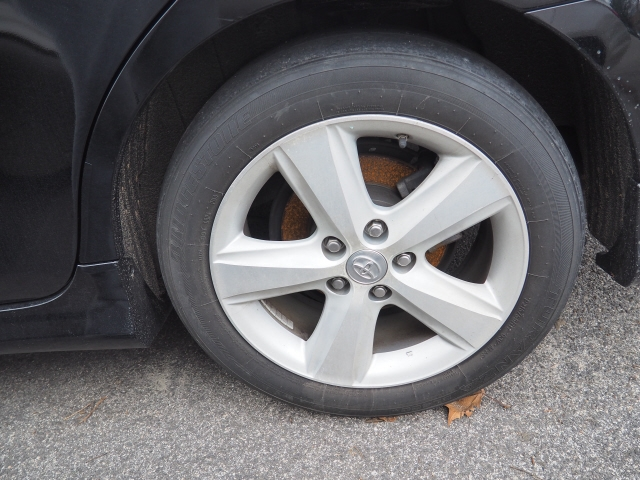 Toyota Camry 2010 price $10,295