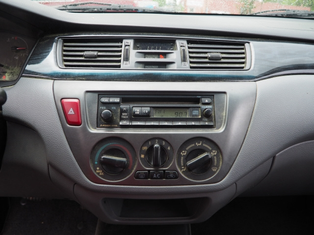 Mitsubishi Lancer 2006 price $5,495