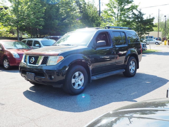 Nissan Pathfinder 2006 price $9,295