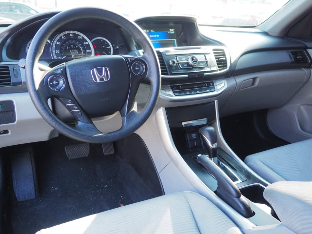 Honda Accord 2015 price $13,895