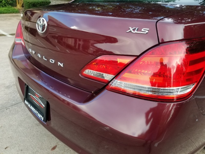 Toyota Avalon Sunroof One Owner ! 2007 price $5,495 Cash