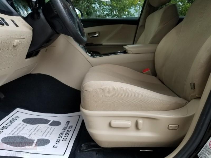 Toyota Venza 2010 price $9,395 Cash