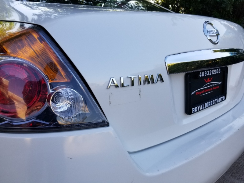 Nissan Altima Sunroof leather 2010 price $3,495 Cash