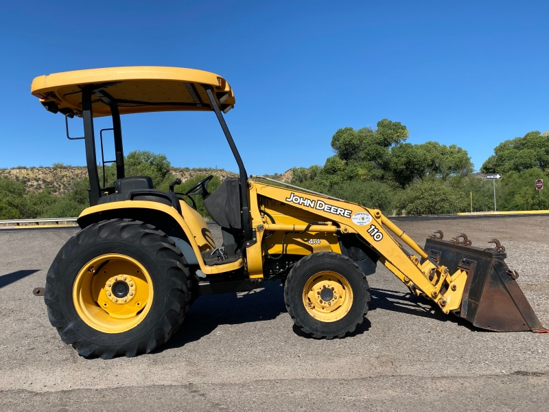 JOHN DEERE 110 LOADER 0000 price $19,500