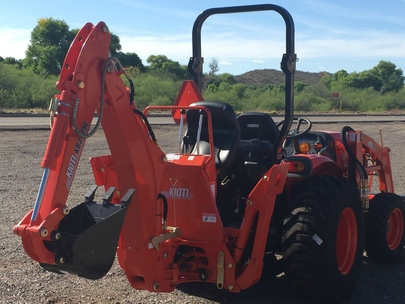 KIOTI CK 3510 W/ KIOTI LOADER & KIOTI BACKHOE 0000 price $28,100