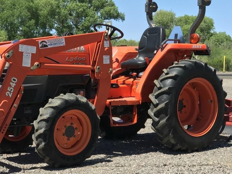 Kubota Tractor Tool Box : Kubota l tractor with box scraper southwest