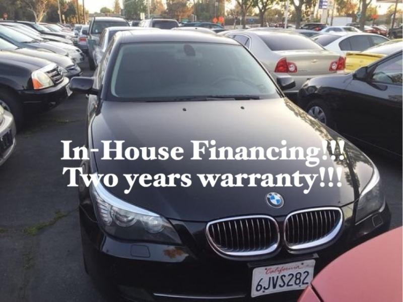 BMW 5-Series 2010 price $11,995