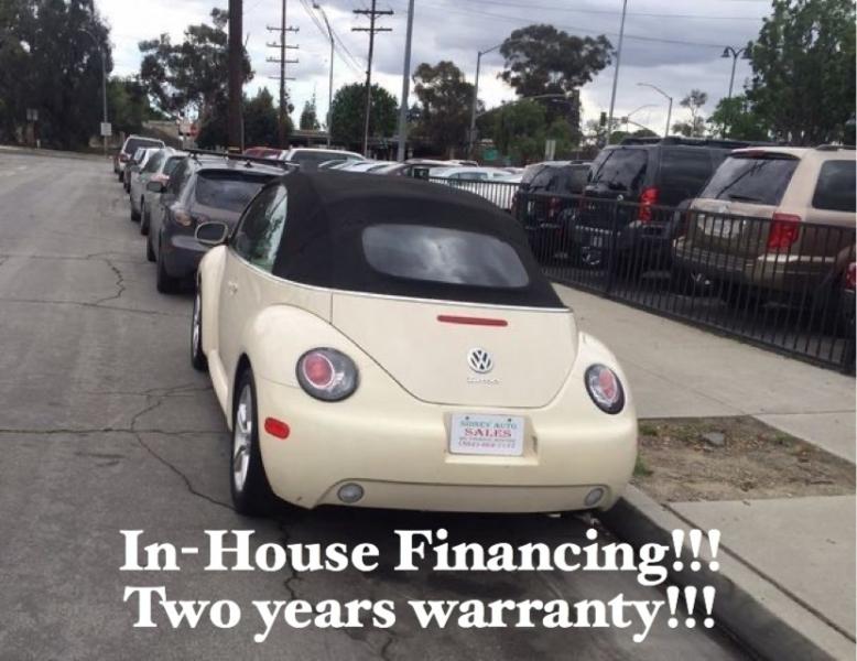 Volkswagen New Beetle Convertible 2004 price $4,995