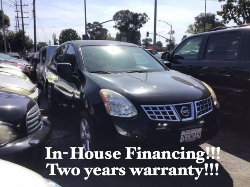 Nissan Rogue 2010 price $8,995