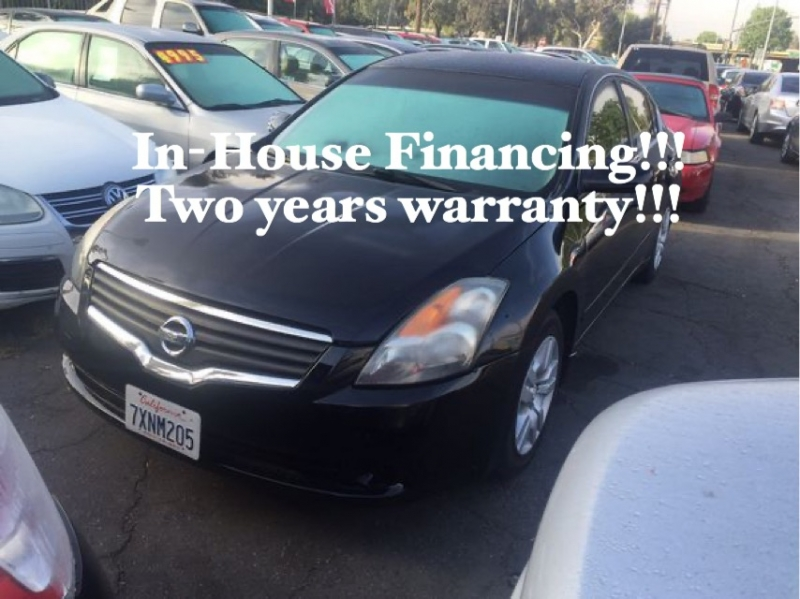 Nissan Altima 2011 price $10,995
