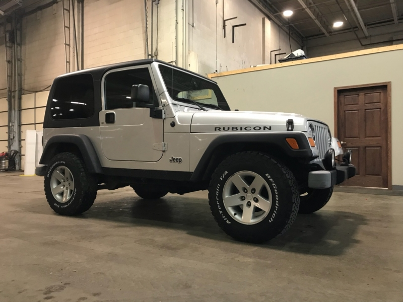 Jeep Wrangler 2004 price $12,999