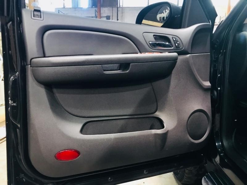 Chevrolet Suburban 2008 price $15,999