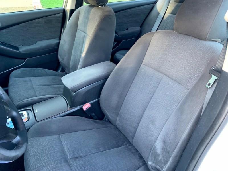 Nissan Altima 2012 price $4,600