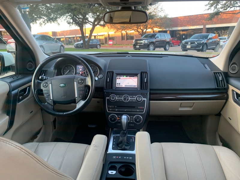 Land Rover LR 2 2014 price $10,900