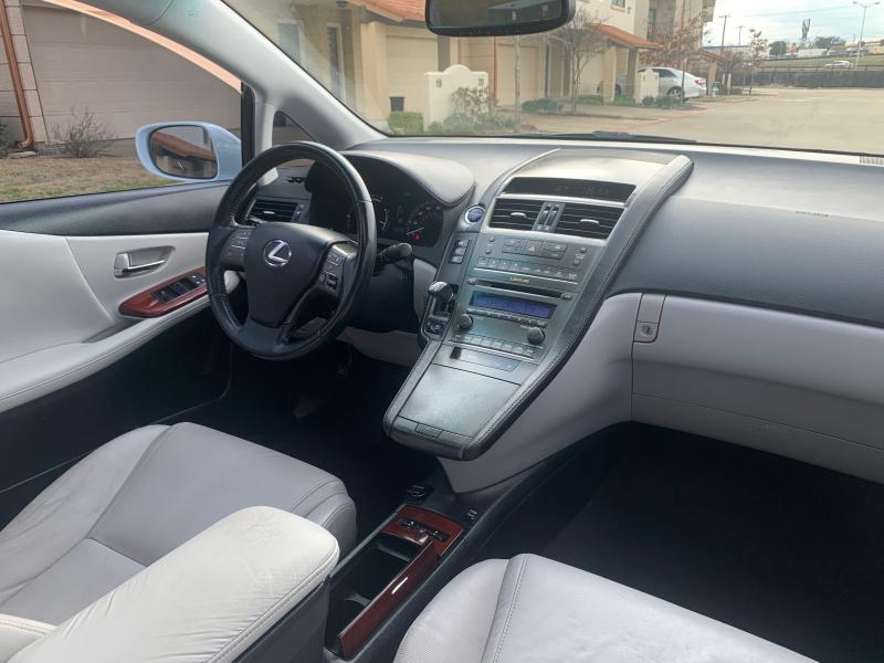 Lexus HS 250h 2010 price $6,900