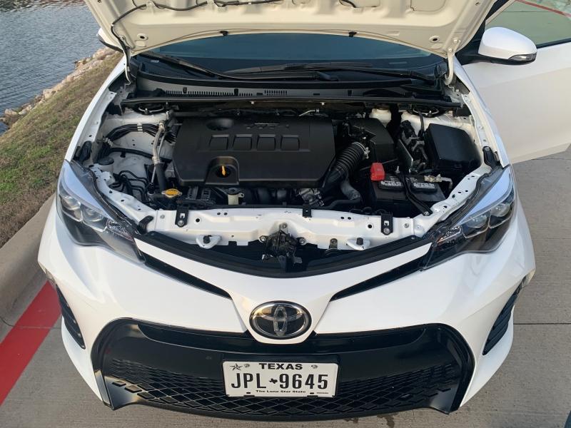 Toyota Corolla 2017 price $8,900