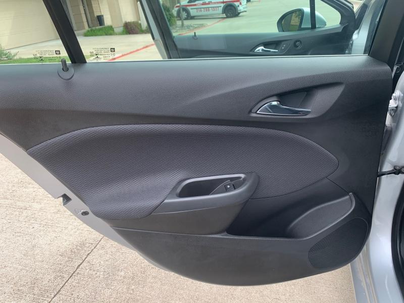 Chevrolet Cruze 2018 price $8,900