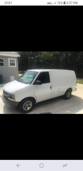 Chevrolet Astro Cargo Van 2002 price $2,980