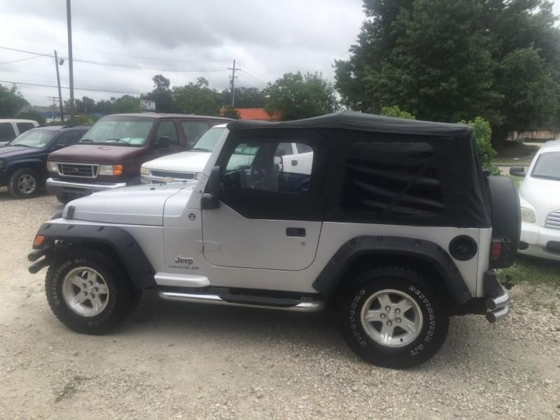 Jeep Wrangler 2005 price $9,480