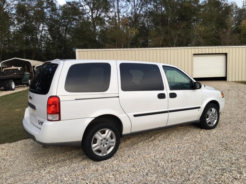 Chevrolet Uplander 2007 price $2,680