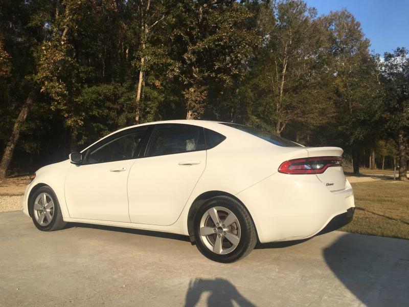 Dodge Dart 2015 price $7,980