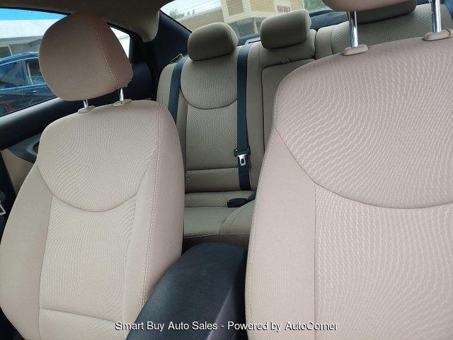 Hyundai Elantra 2016 price $15,995