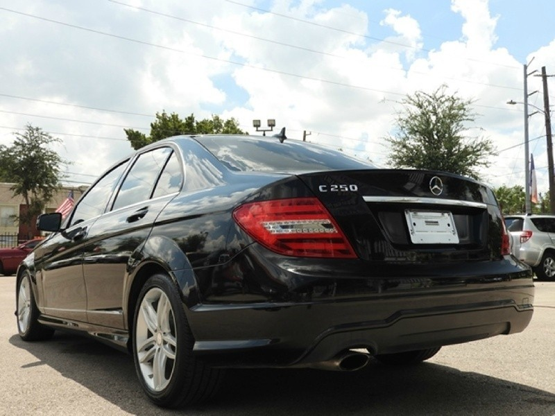 2012 mercedes benz c class 4dr sdn c250 sport rwd for Mercedes benz north houston inventory