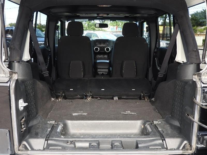 Jeep Wrangler Unlimited 2017 price $29,988