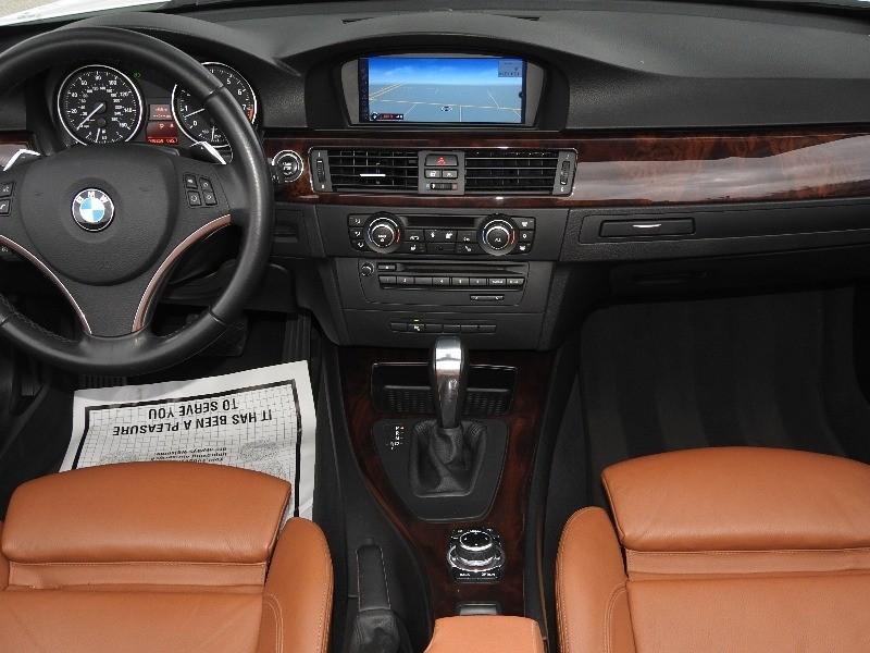 BMW 3-Series 2011 price $18,588