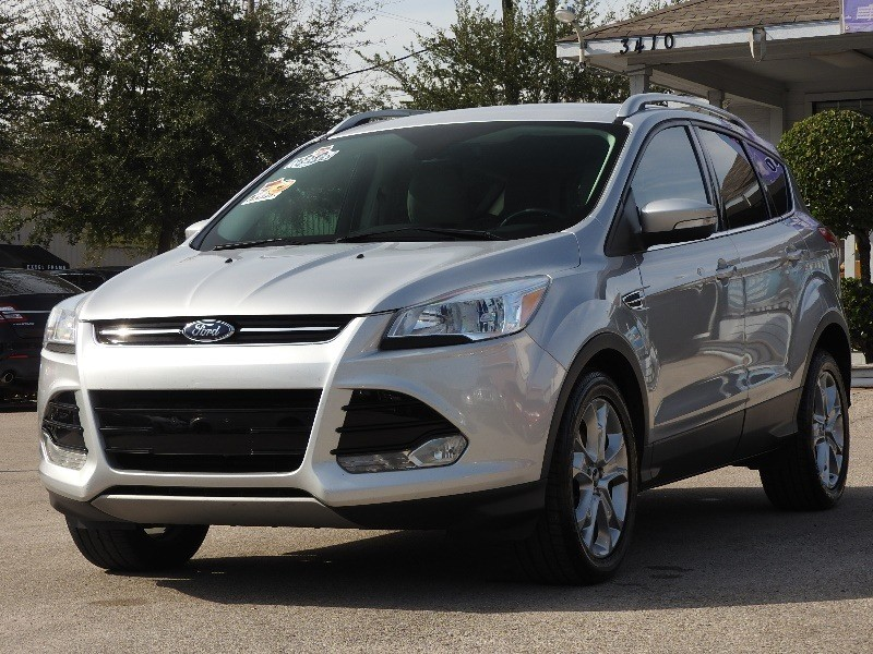 Ford Escape 2015 price $14,988