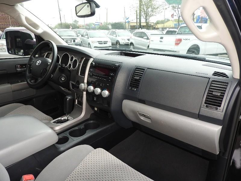 Toyota Tundra 2013 price $17,488