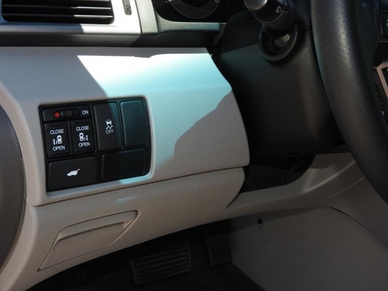 Honda Odyssey 2013 price $14,788