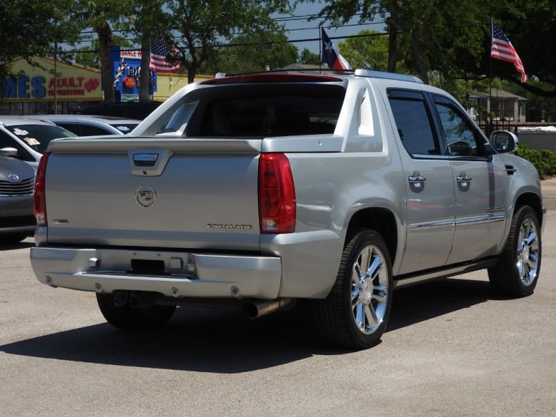 Cadillac Escalade EXT 2011 price $22,888