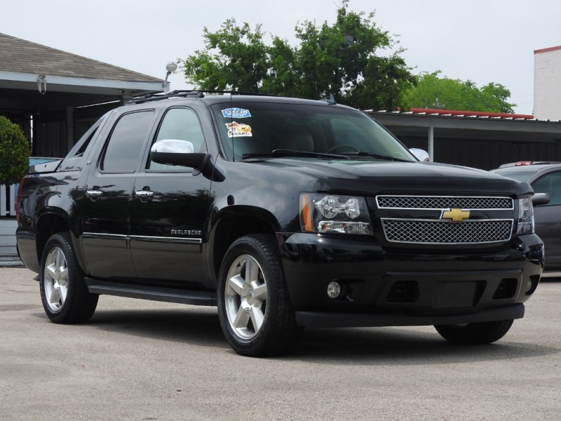 Chevrolet Avalanche 2012 price $18,888