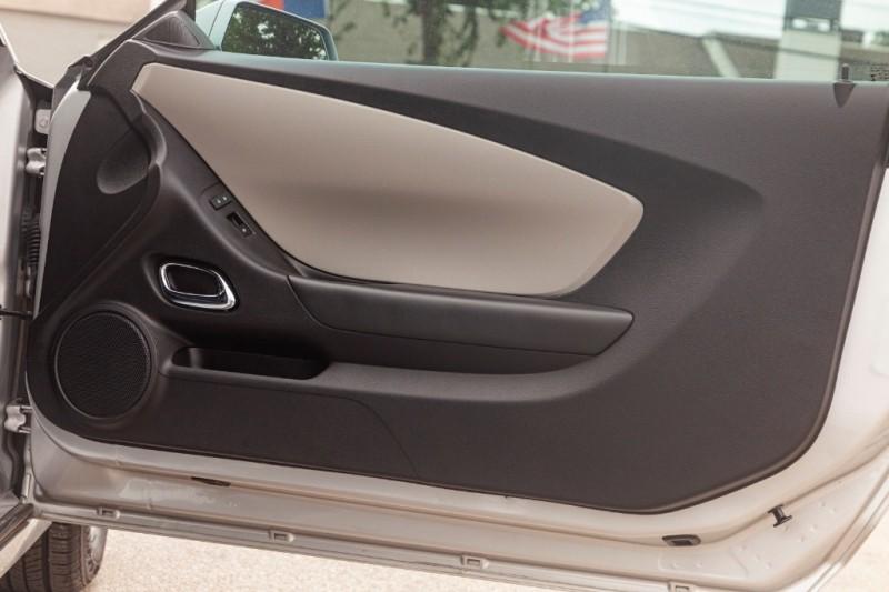 Chevrolet Camaro 2015 price $14,788