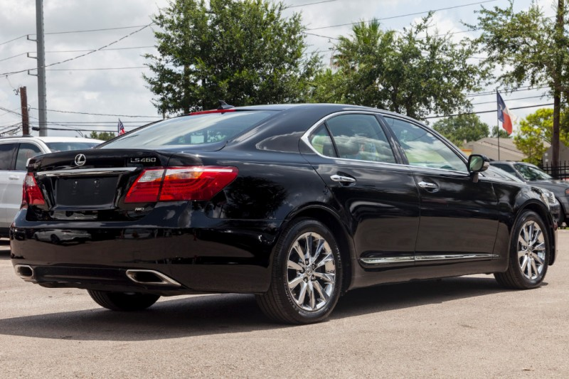Lexus LS 460 2012 price $18,488