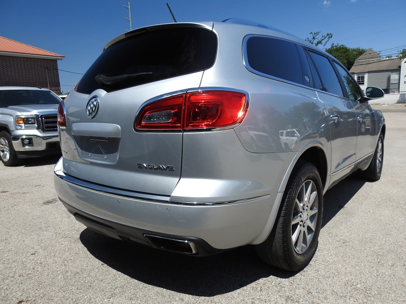 Buick Enclave 2015 price $14,888
