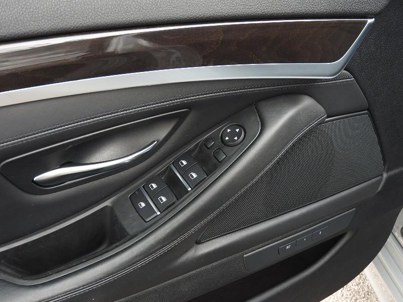 BMW 5-Series 2016 price $24,988