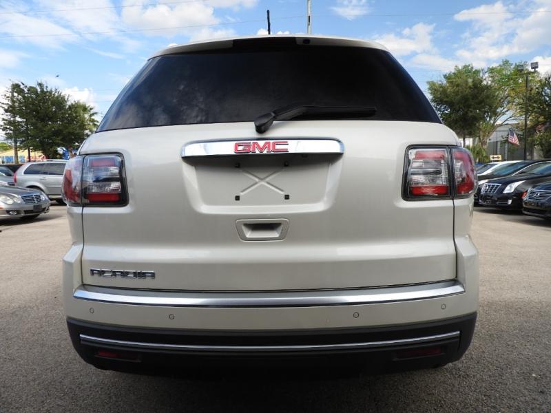 GMC Acadia 2013 price $14,998