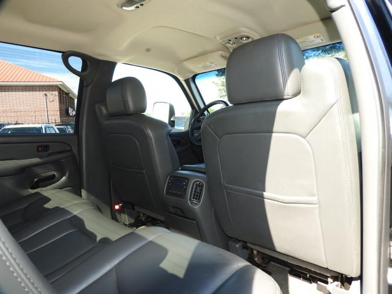 Chevrolet Silverado 2500HD 2006 price $24,800