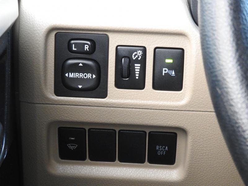 Toyota 4Runner 2013 price $17,788