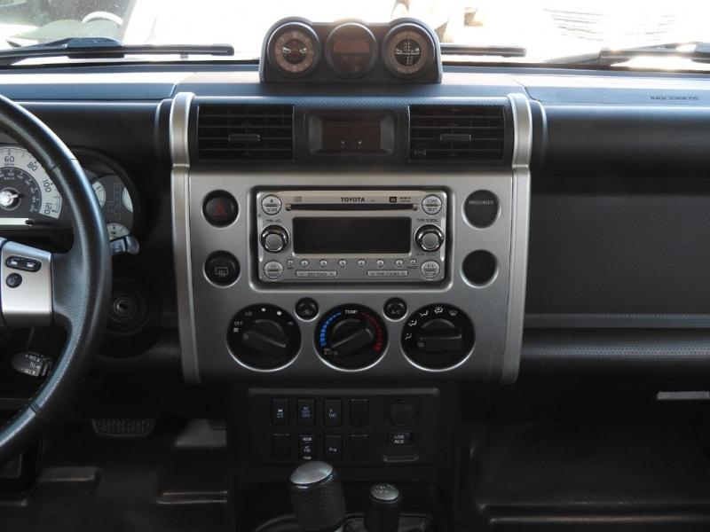 Toyota FJ Cruiser 2012 price $18,988