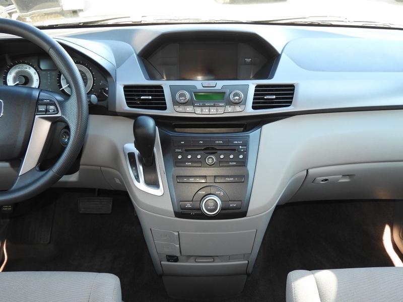 Honda Odyssey 2013 price $12,788
